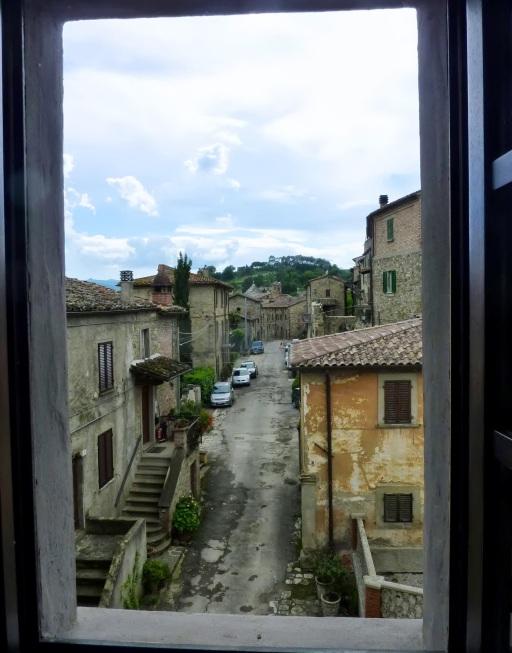 Italy 6.13 147